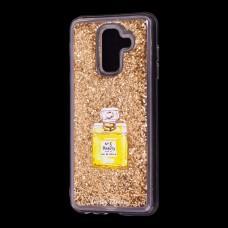 "Чехол для Samsung Galaxy A6+ 2018 (A605) Блестки вода золото ""духи"""